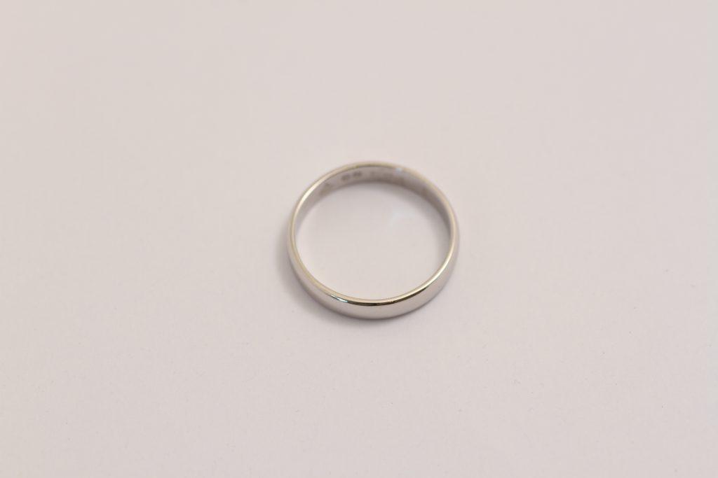 プラチナ指輪 修理後の姿