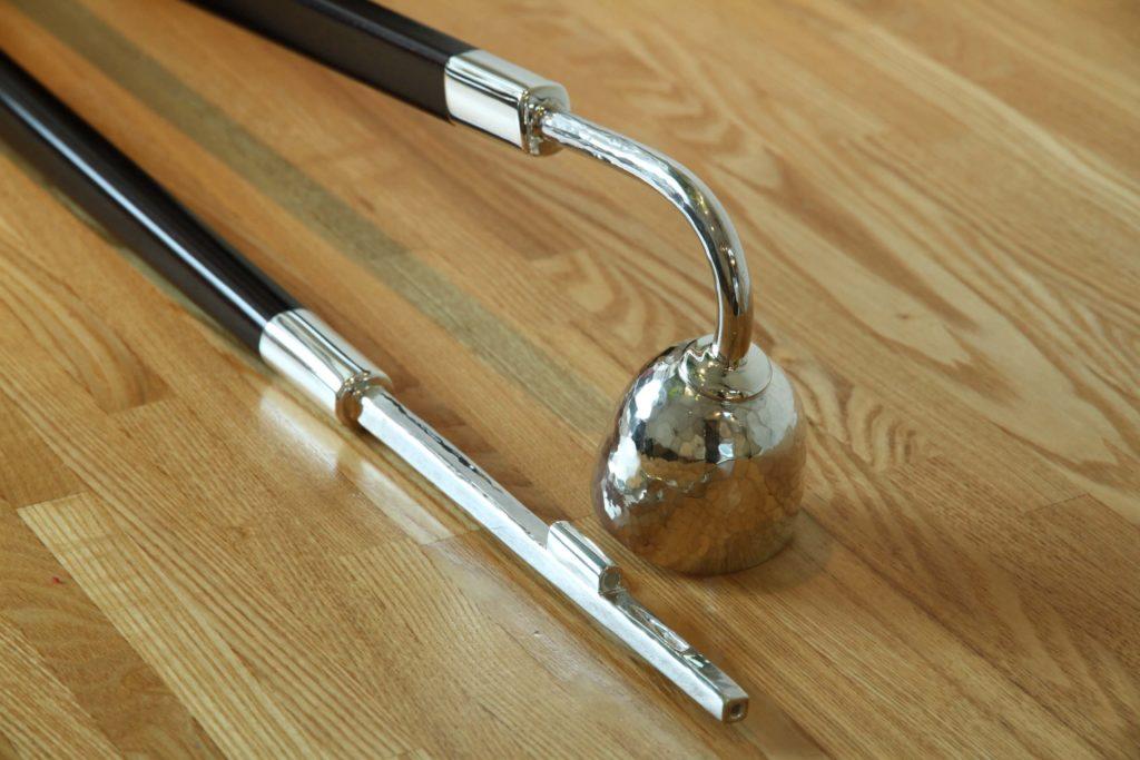 ジュエリーTAKAが製作した銀製手作りのロウソク点けとロウソク消し