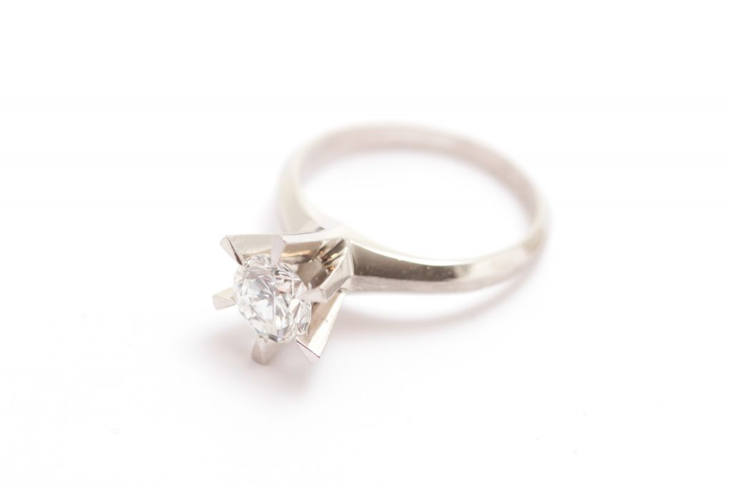 リフォーム前のダイヤモンドプラチナの指輪