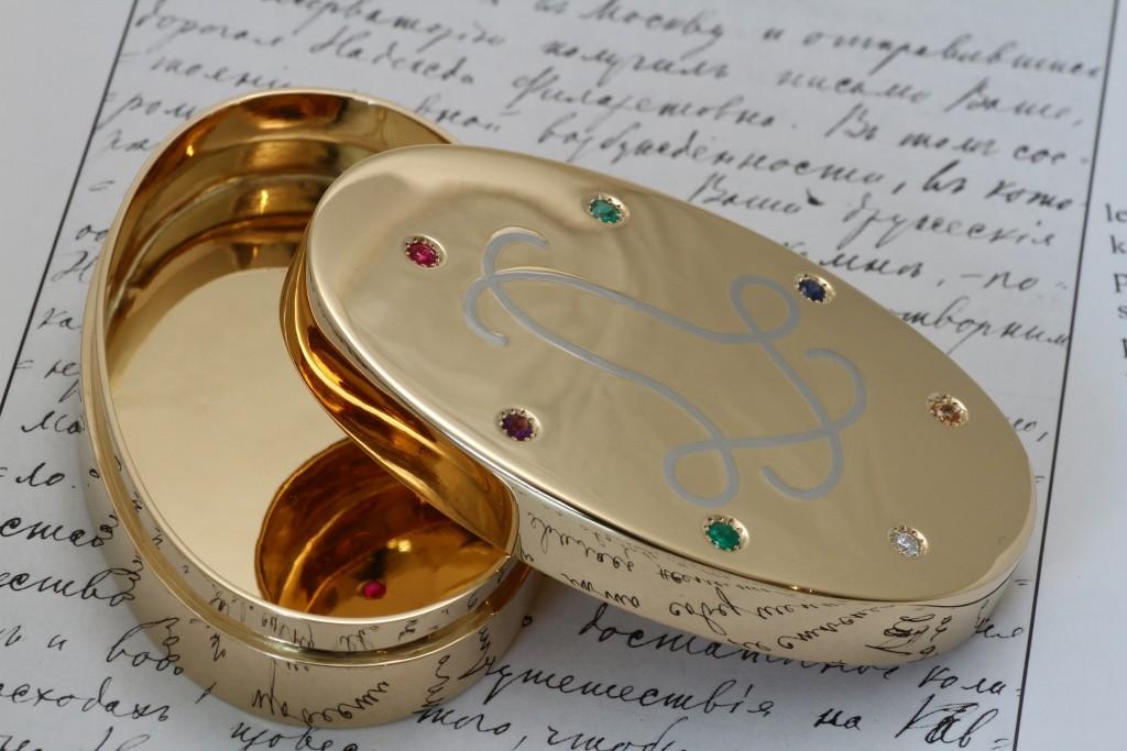 ジュエリーTAKA プレミアムオーダーメイドで製作した金の箱