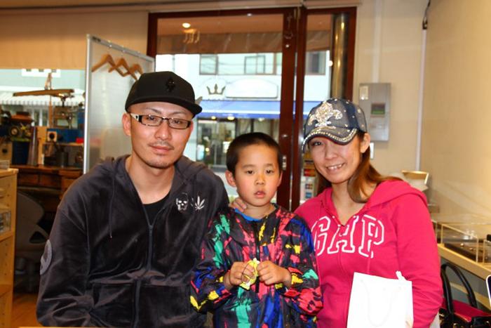 写真:東京在中のY様ご夫婦に結婚指輪 ご納品