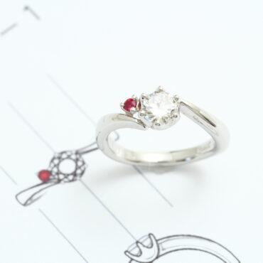 婚約指輪 サテライトリング完成
