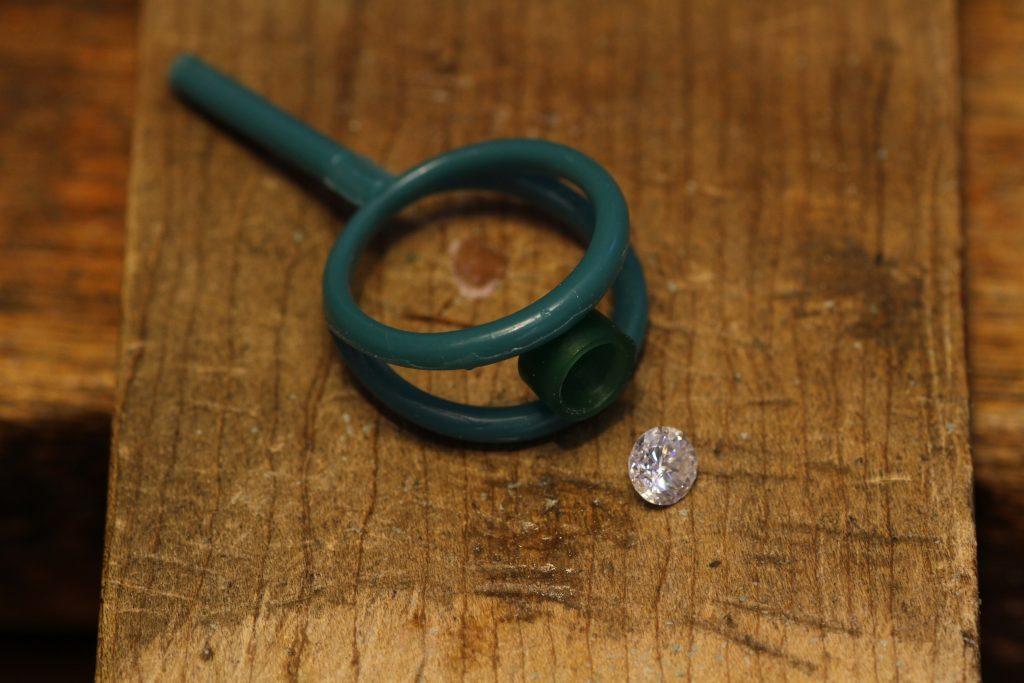ダイヤモンド 立爪指輪リフォーム 0.6カラット