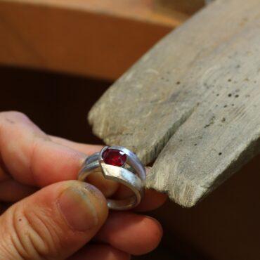 ルビーの指輪 オーダーメイドジュエリー 途中工程