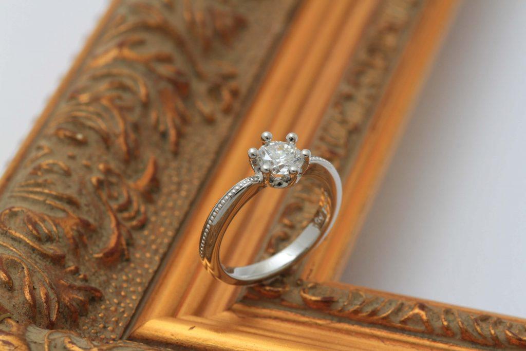 IFダイヤ立爪の指輪リフォーム ミルククラウンデザイン アフター