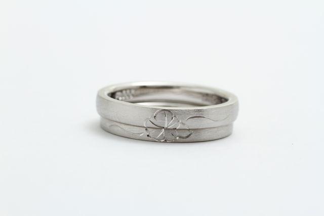鍛造の結婚指輪 和彫り