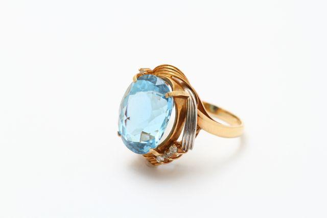お持込みのアクアマリンの古い指輪