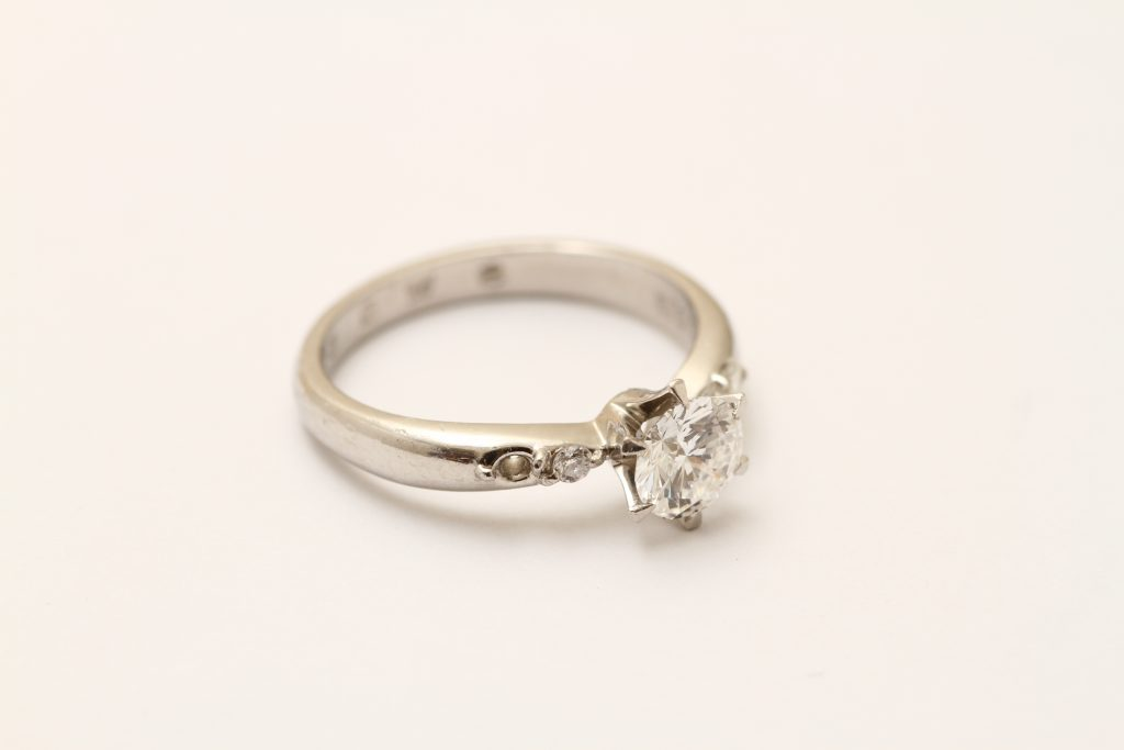 お持込みのダイヤモンド指輪