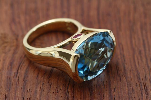 アクアマリンのオーダーメイド指輪