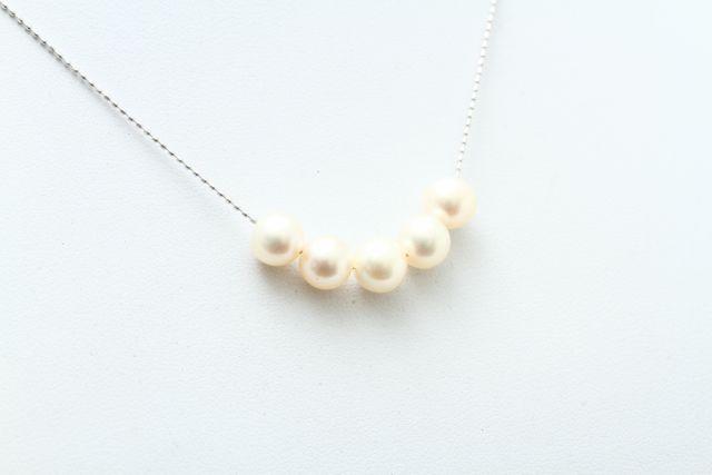 シンプル真珠ネックレス