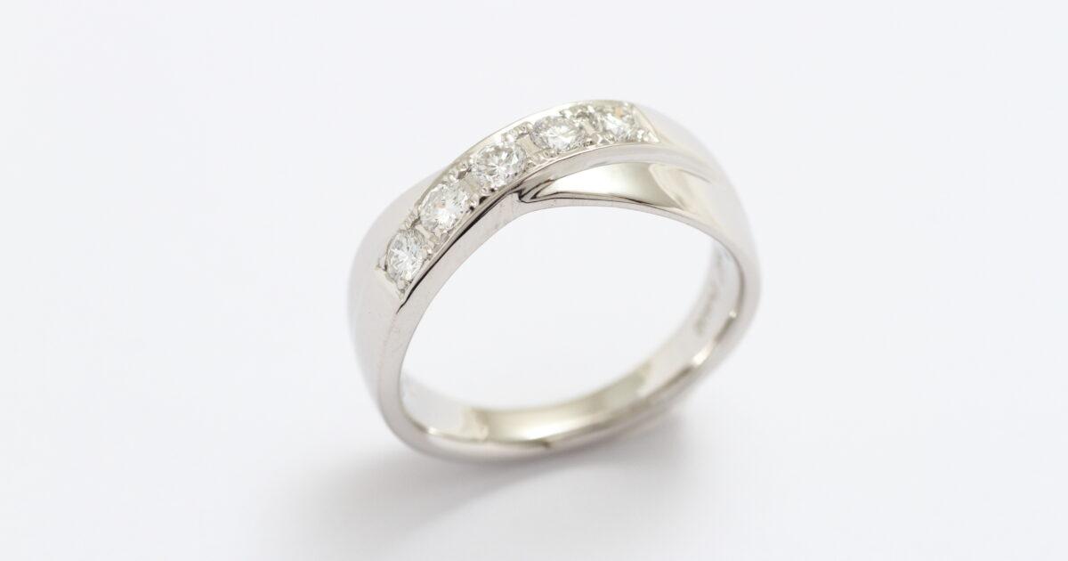プラチナ&ダイアモンド 指輪リフォーム