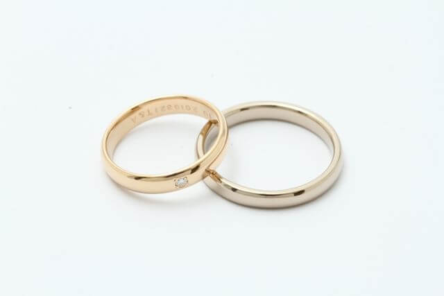 親から継承された指輪を使って新しい結婚指輪へ