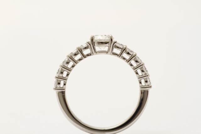 プラチナダイヤモンドの指輪