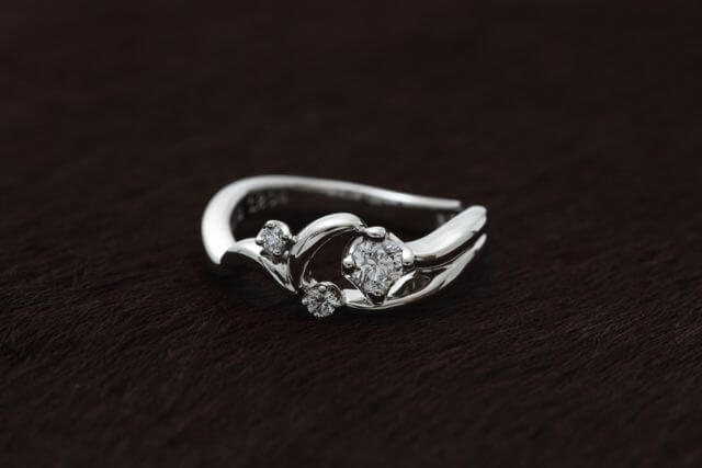 フルオーダーメイドの婚約指輪