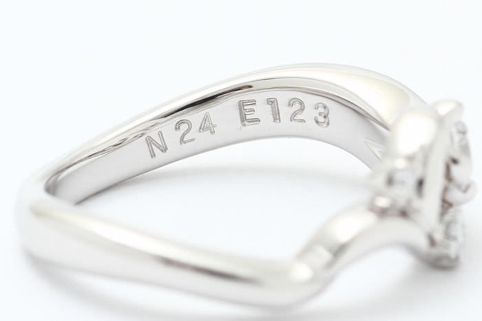 写真:打刻した指輪