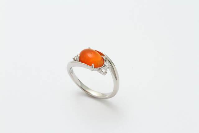 ファイヤーオパール指輪