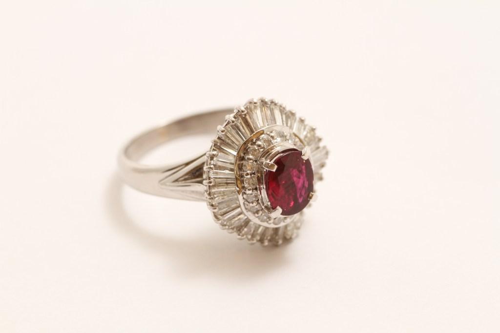 古いデザインのルビーの指輪お持ち込み頂きました。
