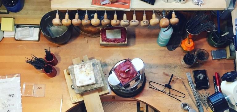 工房の作業机