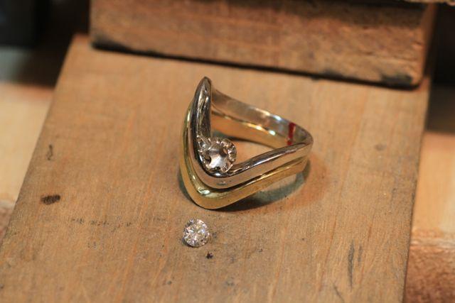 ダイヤモンドリングの製作途中経過
