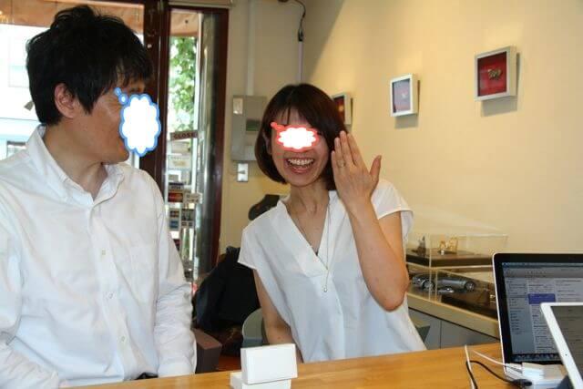 指輪がお似合いです!素敵な笑顔!