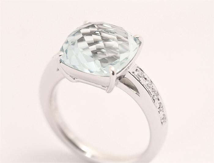 写真:オーダージュエリー 完成 プラチナ+GGシトリンの指輪