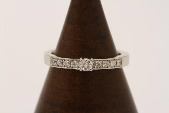 ダイヤモンドの指輪が完成しました