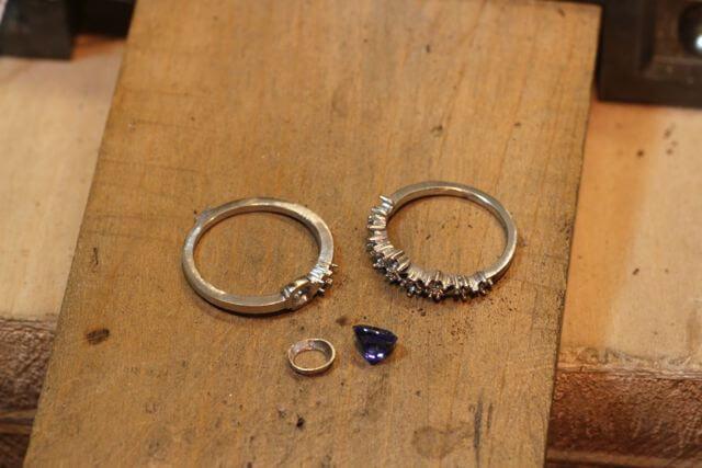 サファイヤの指輪製作途中です