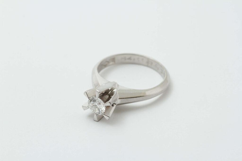 お持ち込みダイヤ指輪です。